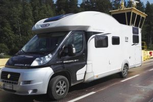 Camping-car LMC H737G